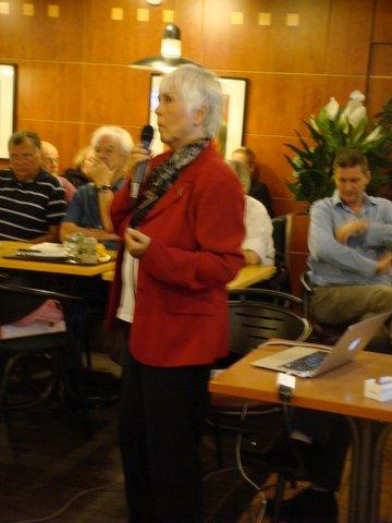Mary Rodwell,début de l'exposé.