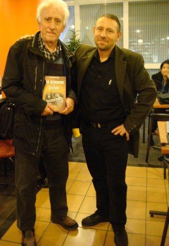 Marc St Germain pose avec Gildas.