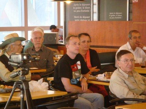 Gildas Bourdais (2e en partant de la  gauche )