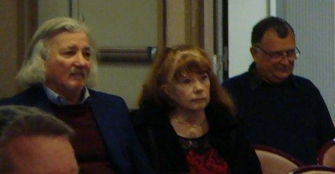 J.C. Sidoun et sa compagne ,à droite Patrice Galacteros
