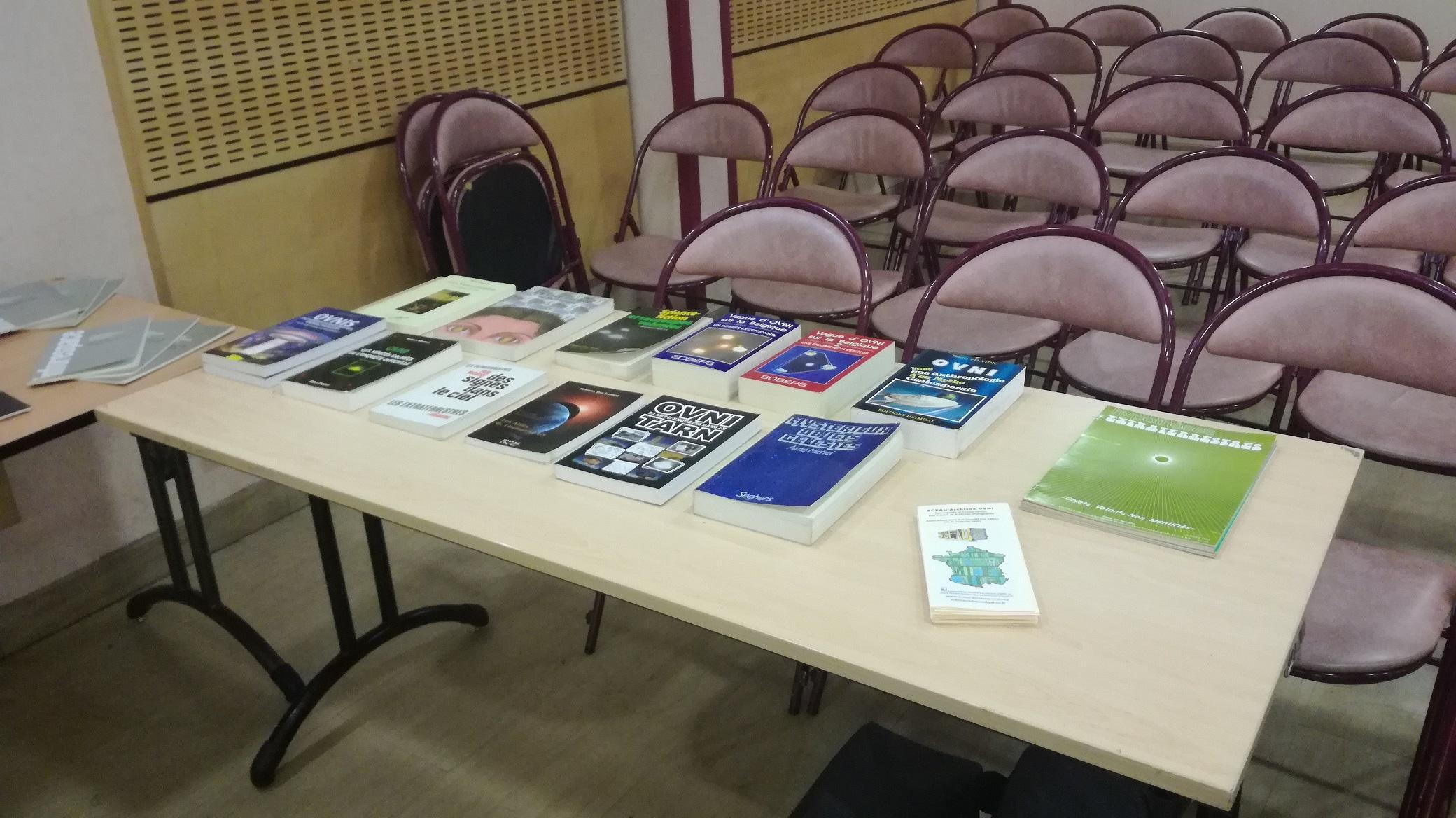 Le S.C.E.A.U  vend les livres en surplus