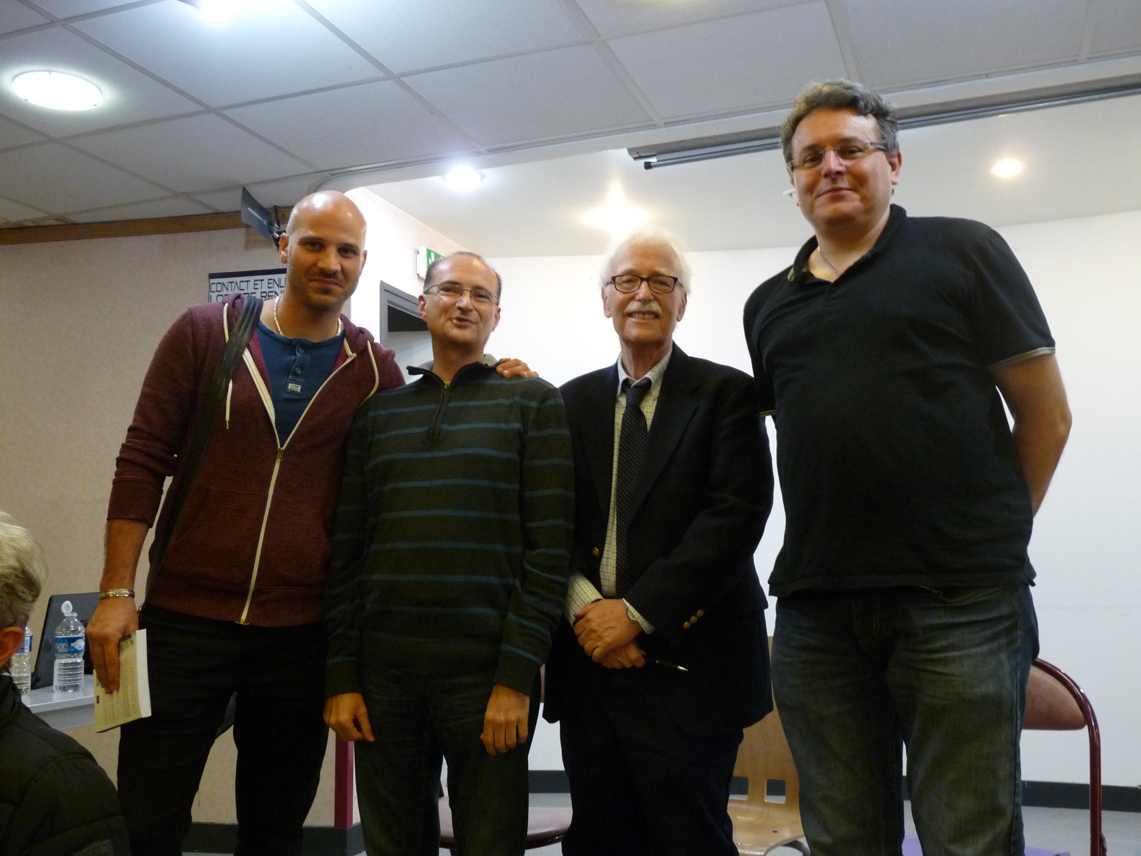 Photo de groupe des RU parisiens avec David Jacobs