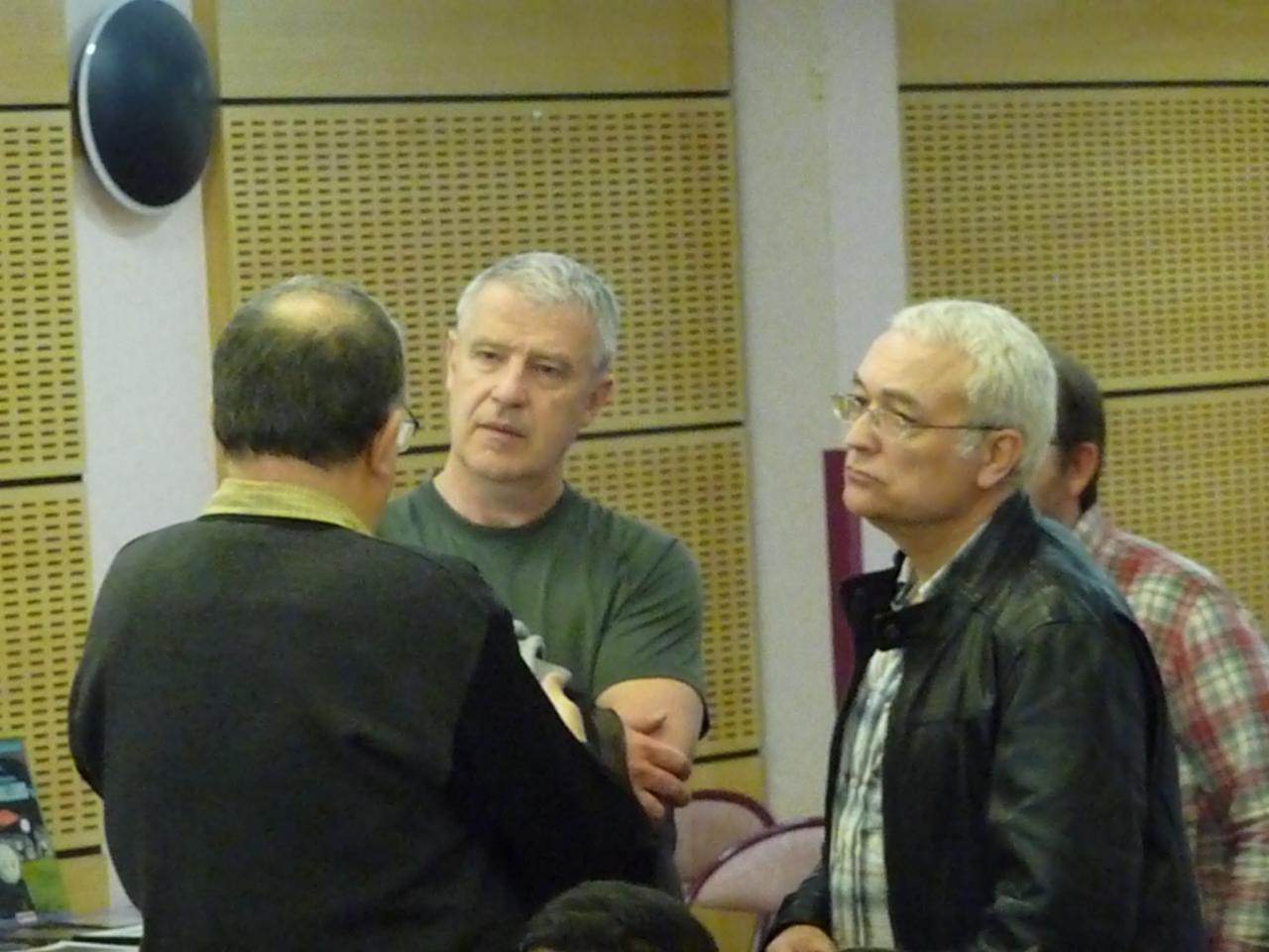 4 Membres du SCEAU et 2 d'Ovni Paris